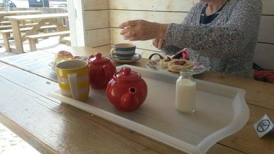 Talland Bay Beach Cafe : Cream tea on a warm September day