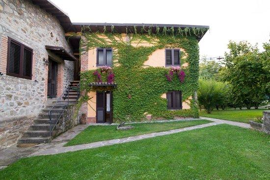 Agriturismo Braccicorti: Upstairs and downstairs sleeping areas