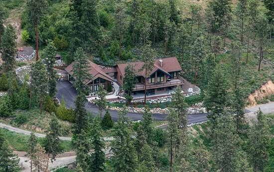 Cashmere Mountain Bed & Breakfast: Aerial View Of Cashmere Mtn Bed and Breakfast