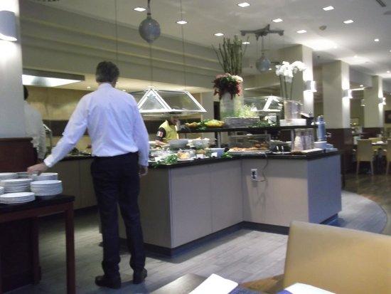 Le Meridien Frankfurt: 朝食の様子