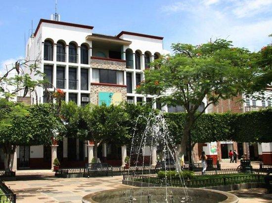 Hotel Plaza Tarasca