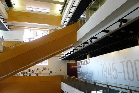 National Museum of American Jewish History: Inside the museum