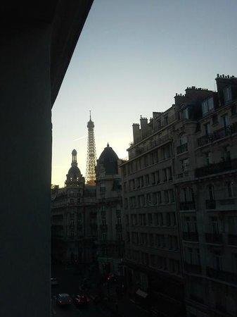 Passy Eiffel Hotel: View