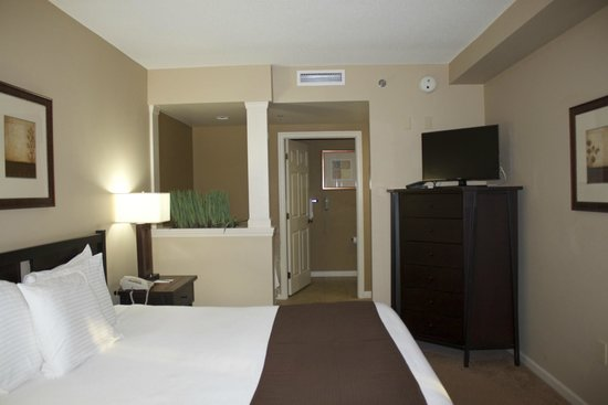 The Suites at Hershey: Master Bedroom