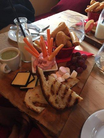 Redcliff Restaurant & Bar: Kids meal