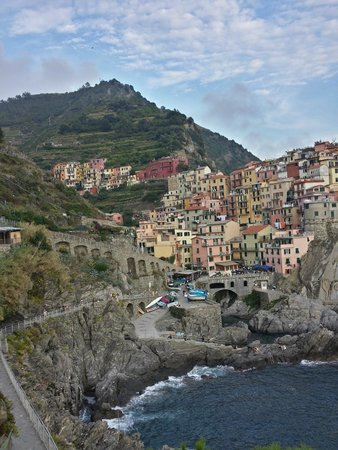 Hostel Cinque Terre : From the walking path looking back at the town