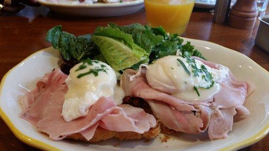 Nizza : eggs benedicto