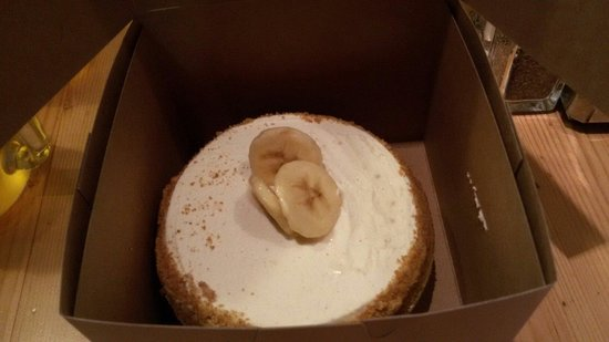 Leoda's Kitchen and Pie Shop: Yummy Banana Pie!