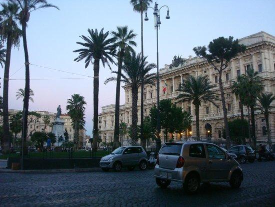 Trattoria Memmo : Piazza Cavour