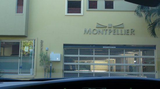 Montpellier Boutique Resort: Front entry
