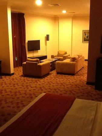Kingsgate Hotel Doha: large