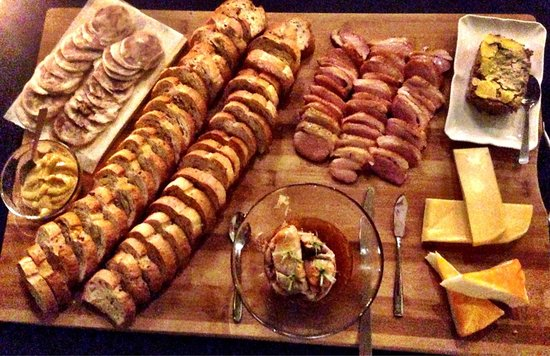 Peak Market: Delicious platter!