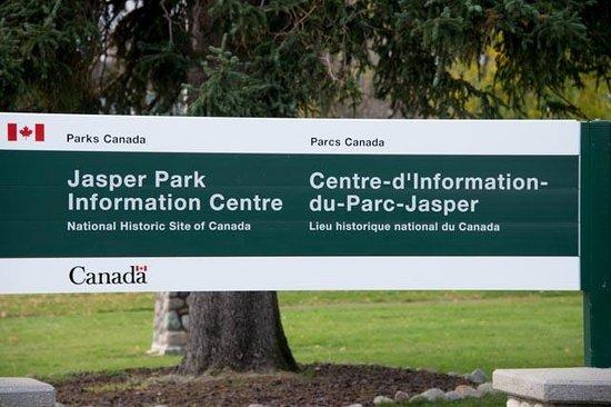 Jasper Information Centre: Entrance Sign
