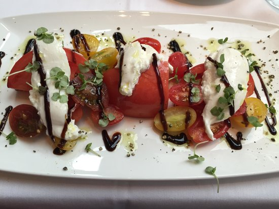 Del Frisco's Double Eagle Steak House: Fresh salad