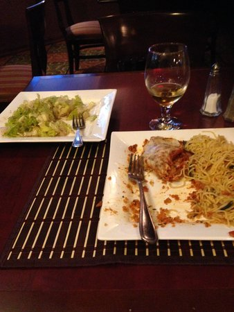 Hampton Inn And Suites Montreal: Dinner - Veal and Salad.
