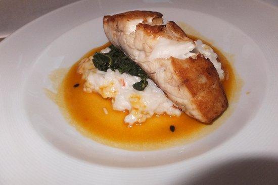 Hoku's: 日替わりの魚(鯛)