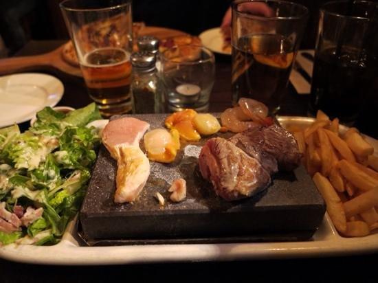 Lamb salad picture of pog mahones irish pub queenstown for Bar food queenstown
