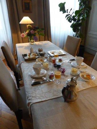 La Chambre d'Hugo: A delicious breakfast