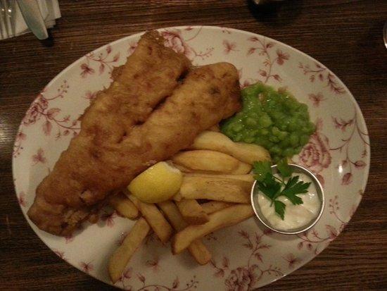 White Lion: Il Classico Fish and Chips
