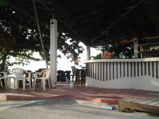 Koh Tao Regal Resort: bar