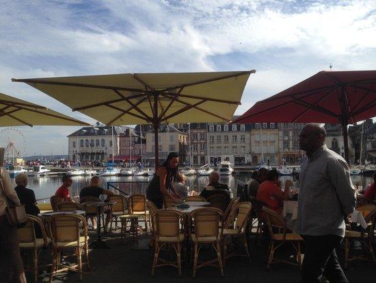 ibis Styles Honfleur: Harbour