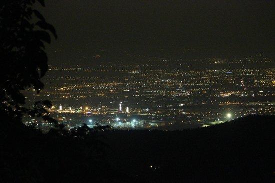Tenuta Lonciano: Vue sur Florence