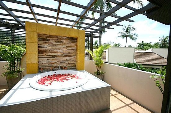 Coconut Village Resort: Jacuzzi