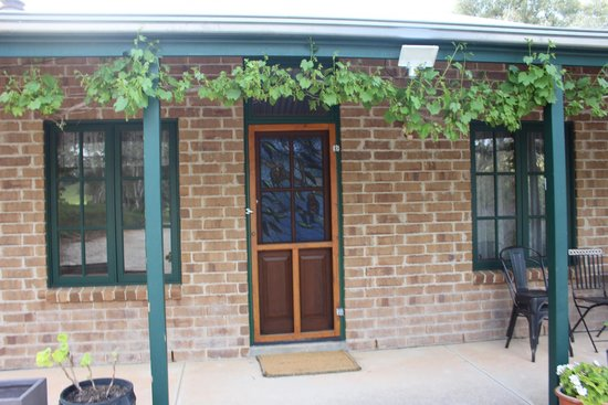 Battunga Bed and Breakfast: Cottage