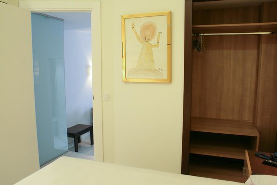 Aparthotel Serrano Recoletos: Dormitorio Apartamento