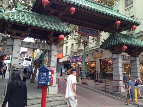 Urban Trek USA: Entrance to Chinatown