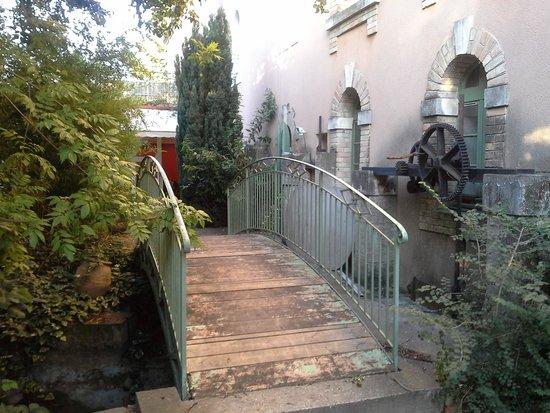 Moulin de la Roque: değirmen