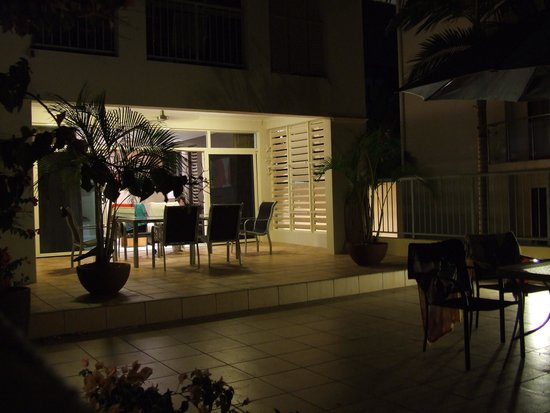 Sea Change Beachfront Apartments: View of the apartment and roof deck at night