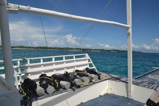 Evolution Diving : Our gears all setup and ready for us on board, such a luxury