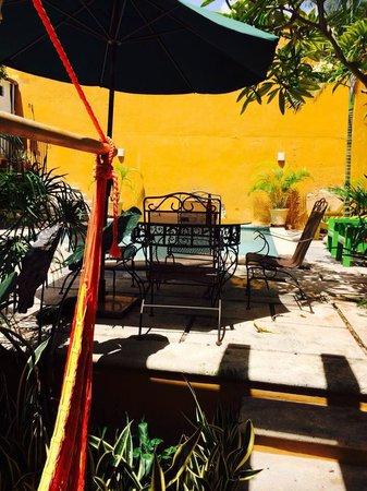 Luz En Yucatan: Patio/pool