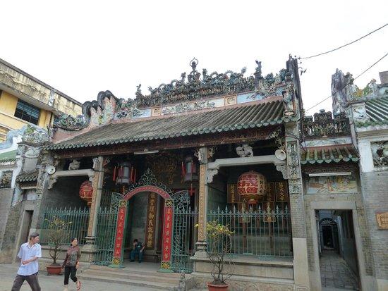 Ba Thien Hau Temple: 外観