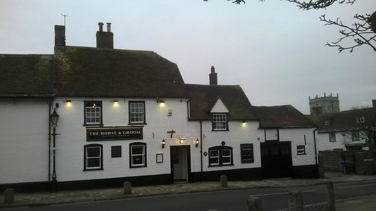 ‪The Horse & Groom‬