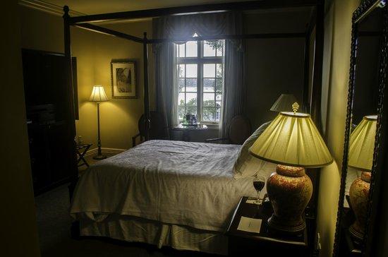 River Inn of Harbor Town: The room