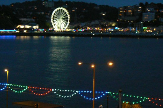 The Grand Hotel: beautiful view of Torquay from the Compass Lounge