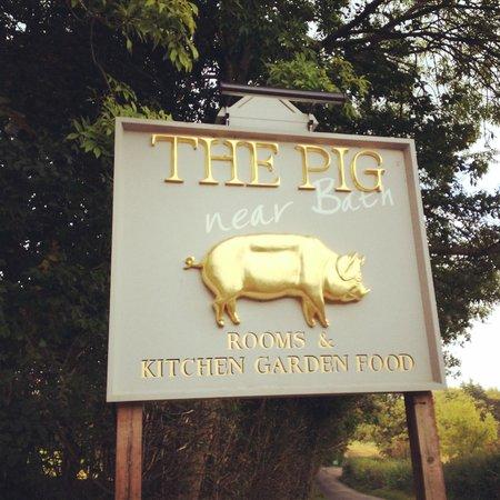 The Pig near Bath : The entrance