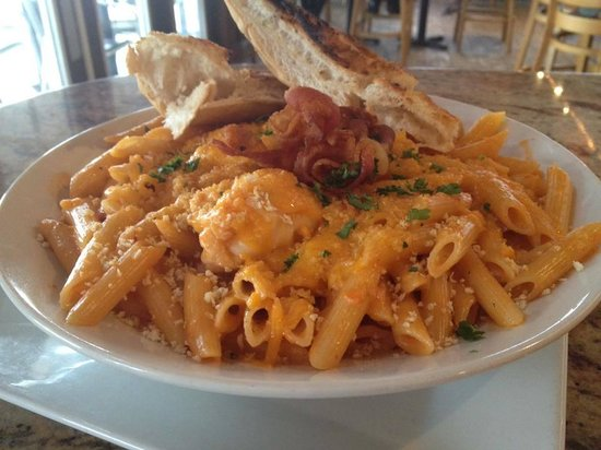 Casey's NSB Bar and Upper Deck Restaurant : Lobster Mac n Cheese