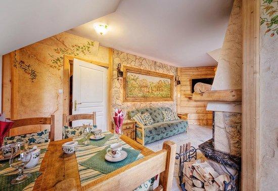 Limba Apart House: Apartament Bluszcz (salon)
