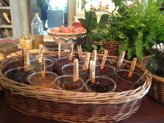 Sous L'olivier: homemade jams