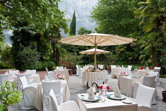 Capannina Pool Restaurant