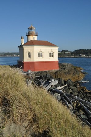 Coquille River Lighthouse : Lighthouse
