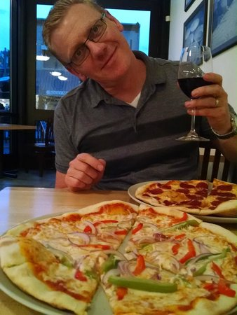 Loaf Bakery & Restaurant: Thursday Night Pizza/ Pasta Special
