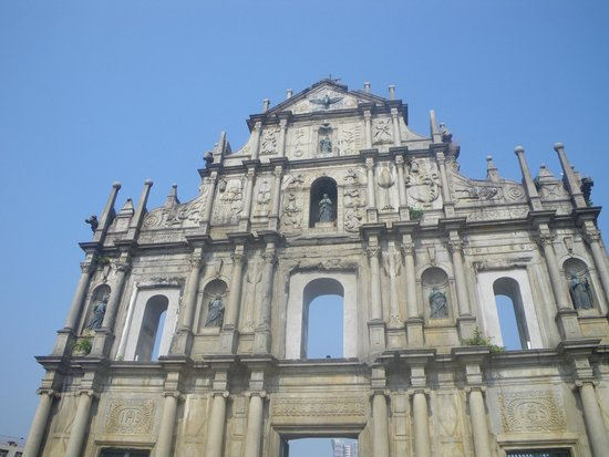 Macau, China: 晴天の聖ポール天主堂跡