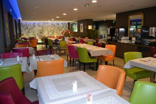 terraza picture of hotel roi soleil prestige colmar tripadvisor. Black Bedroom Furniture Sets. Home Design Ideas