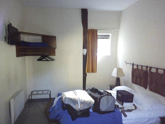 Hotel Castel Fleuri: La chambre
