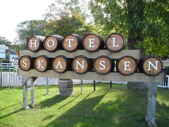 Hotel Skansen : Trevlig hotellskylt