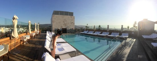 Sixty Beverly Hills Rooftop Pool Is Divine